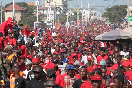 Mouvements de contestation en Afrique: les dictateurs plus actifs que les activistes