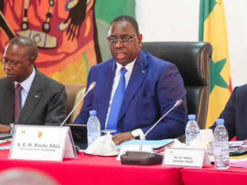 Coronavirus : Macky ferme les écoles, interdit les rassemblements et annule le défilé du 4 avril