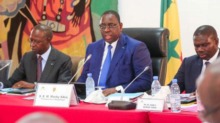 MENACES CONTRE LES MINISTRES : Macky indifférent à la fragilisation de ses hommes