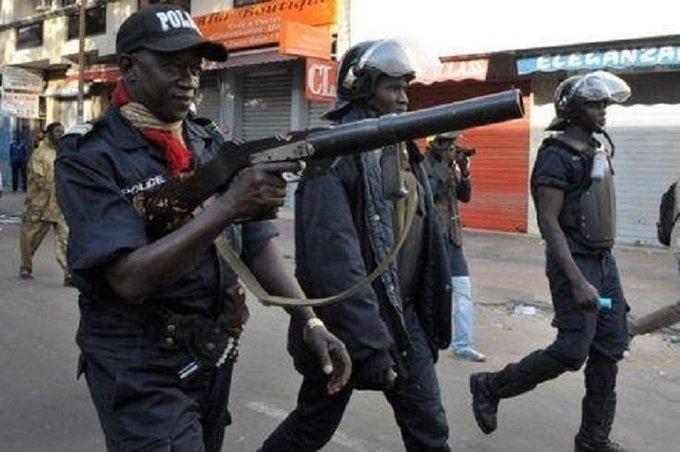 Nomination du commissaire Arona SY : Seydi GASSAMA et Moustapha DIAKHATE attaquent Macky