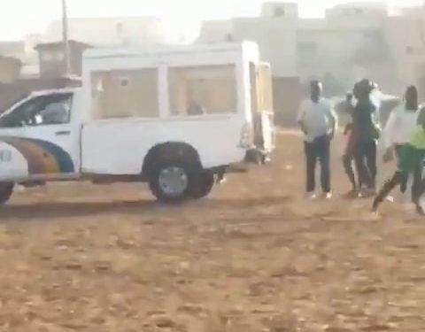 Coronavirus : la police embarque les footballeurs du dimanche (vidéo)