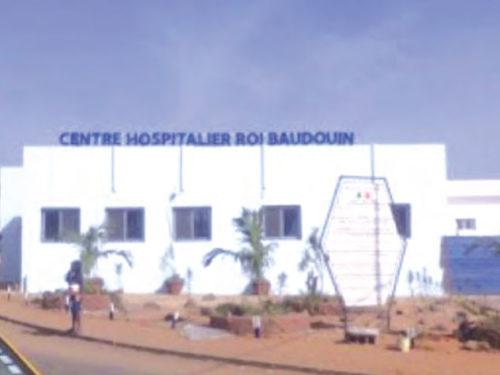Hôpital Roi Baudouin de Guédiawaye : testée positive au coronavirus, elle met le personnel en quarantaine