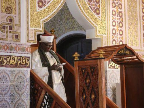 Serigne Mouhamadou Araby NIASS : « Certains politiciens véreux préfèrent se servir et nous servir des insultes»