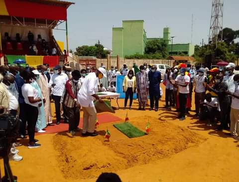 Pour poser un bout de gazon, Matar BA piétine les mesures d'Aly Ngouille NDIAYE