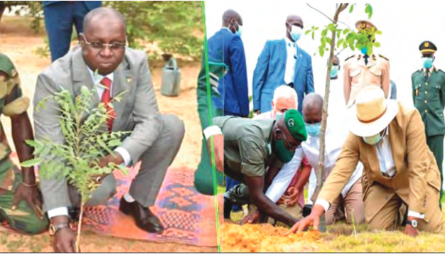 Macky donne une leçon d'humilité à son ministre de l'Environnement