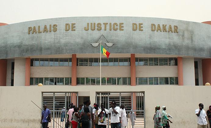 Procès Barthelemy DIAS : Les souteneurs de Khalifa se mobilisent au tribunal