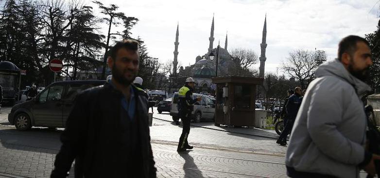 Turquie: un attentat-suicide fait dix morts et une quinzaine de blessés