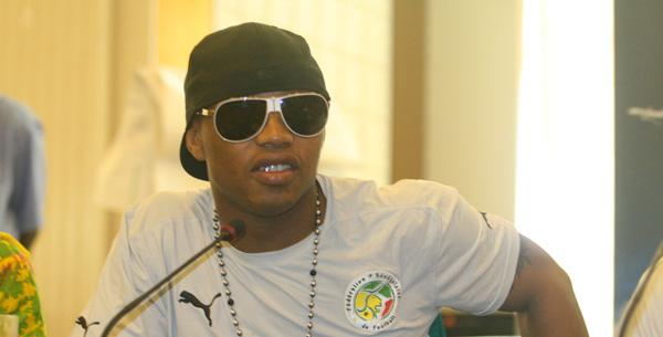 El Hadji Diouf a Youssou «yaay seen baay»