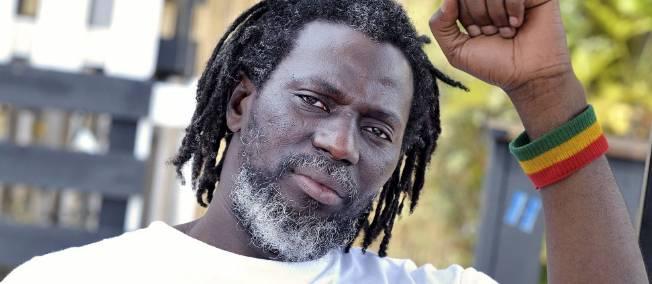 EN CONCERT A DAKAR : Tiken Jah Fakoly aphone sur le «wakh wakhet» de Macky