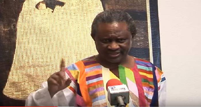 PROLONGATION DU REFERENDUM : Macky démet Kara de ses fonctions d'ambassadeur