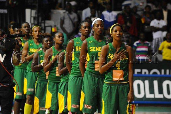 AFROBASKET dames 2017 : le Sénégal domine le Cameroun et retrouve le Mozambique en demi-finales