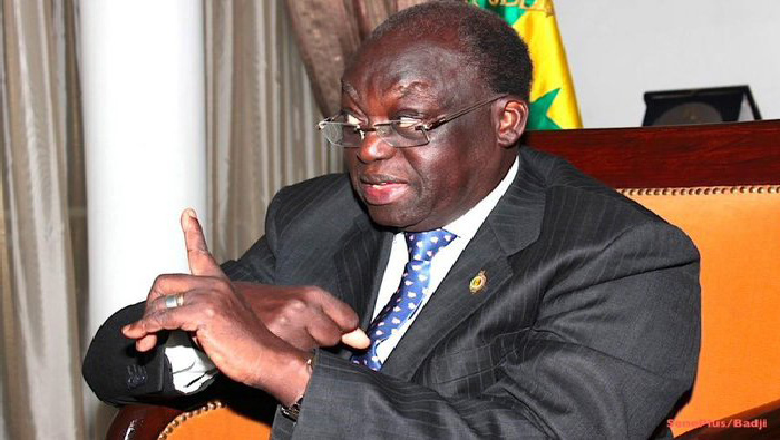 Moustapha NIASSE répond à Serigne Cheikh Bara Doly Mbacké : «en dehors d'être ignorant, il est grave d'être indiscipliné »