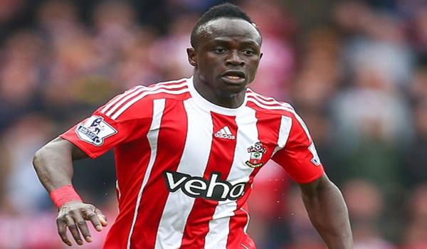 Transfert: Liverpool insiste pour Sadio MANE