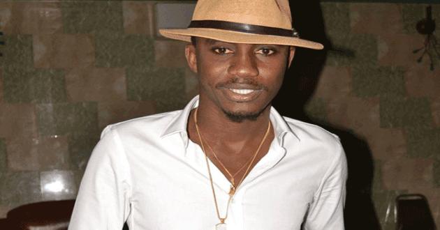 Bercy 2016 : Le chanteur Waly SECK à la DIC
