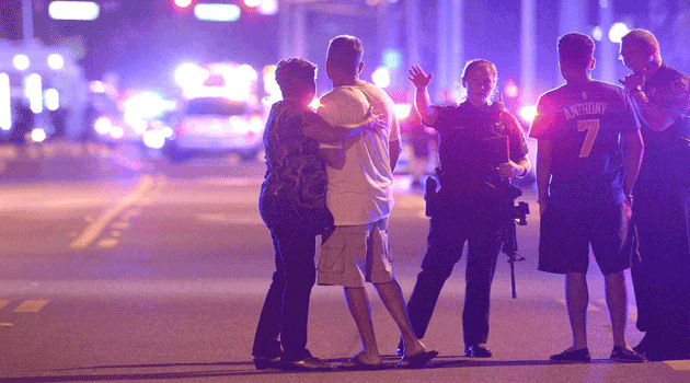 Fusillade dans une boîte de nuit en Floride: au moins deux morts