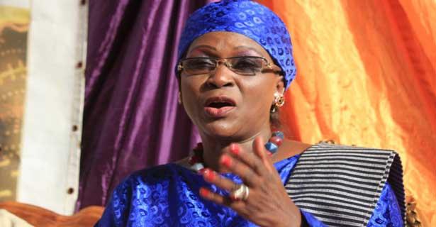 Présidentielle : les femmes de « Idy-2019 » sortent les casseroles contre Macky