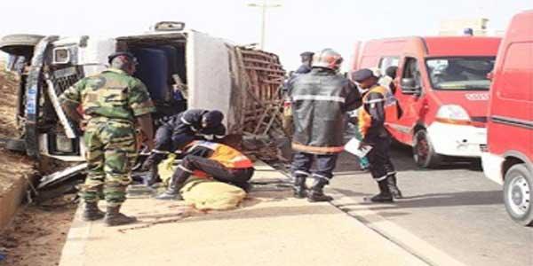 Bakel : le camion rate son virage et percute un minicar, un mort plusieurs blessés