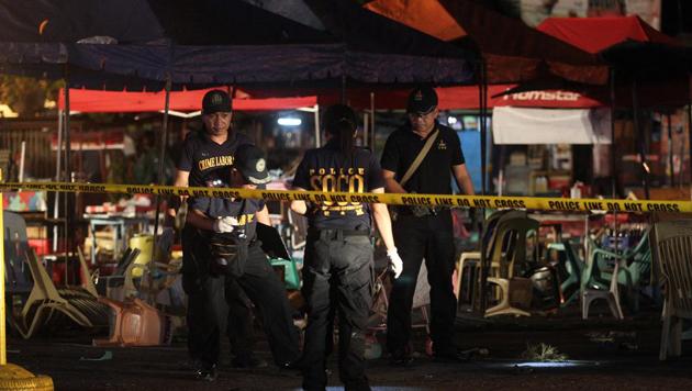 Philippines: une bombe fait 14 morts à Davao, la ville du président Duterte