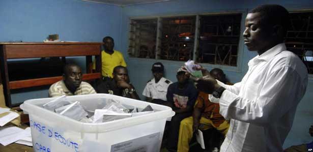 Gabon : l'Union africaine pour le recomptage des voix pour chaque bureau de vote