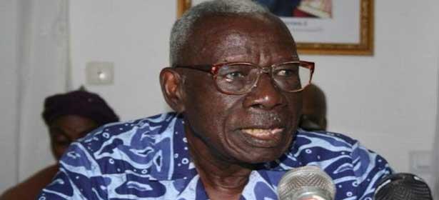 Côte d'Ivoire : Bernard Dadié au Front contre le Référendum