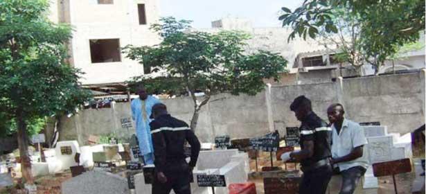 Profanation de tombes : les populations de Pikine accusent politiciens et lutteurs, un suspect identifié