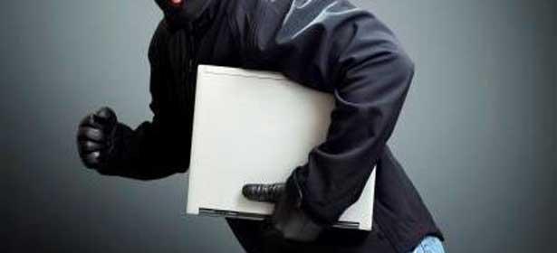 Le faux journaliste vole des ordinateurs portables au bureau des Nations unies