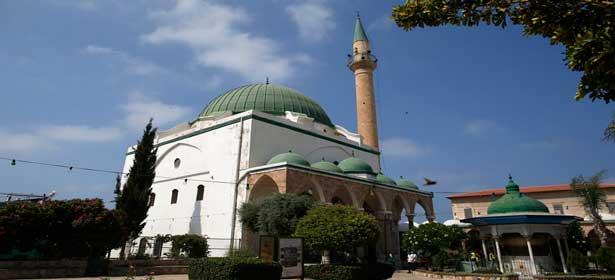Paris : Quatre mosquées soupçonnées de radicalisation fermées