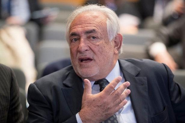 Paria à Paris, DSK drague les chefs d'Etats africains