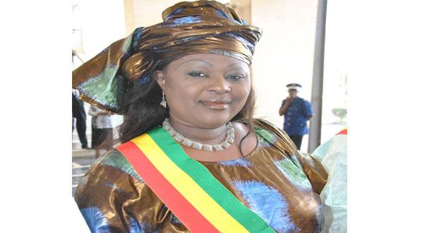 Awa NIANG, questeur de l'Assemblée : «Sans Aliou SALL, le Sénégal ne ferait pas partie des pays pétroliers»