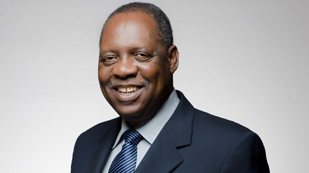 Cameroun : Paul Biya case Issa Hayatou