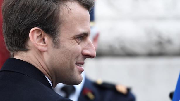 Aides en France : des chèques de 150 euros pour les plus démunis