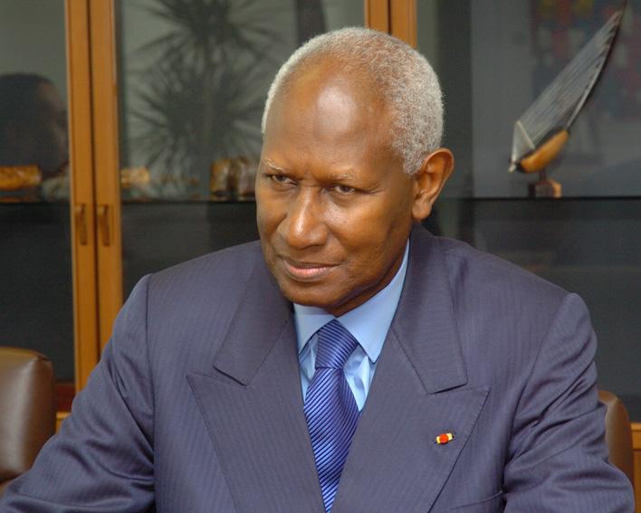 Abdou Diouf… L'Homme qui se prend pour le peuple (Alassane K. KITANE)
