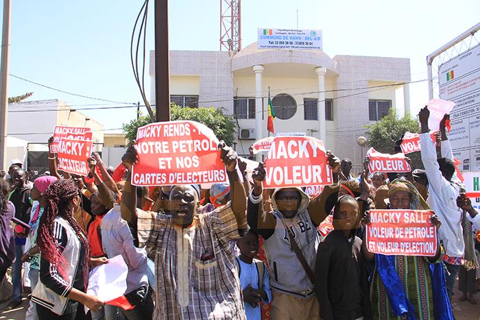 Guédiawaye :  les populations manifestent pour avoir des… cimetières