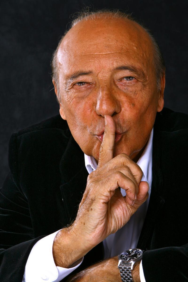 COMMUNICATION DE CAMPAGNE : Macky enrôle un fils de Bernard Kouchner