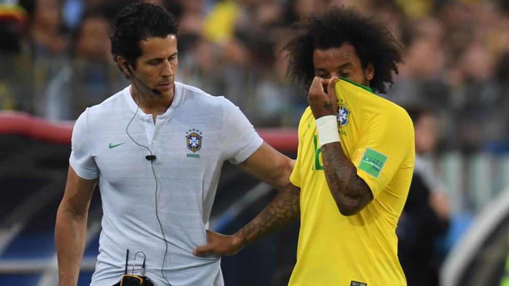 Rodrigo Lasmar, médecin du Brésil :  « La blessure de Marcelo est sûrement liée au matelas de l'hôtel »