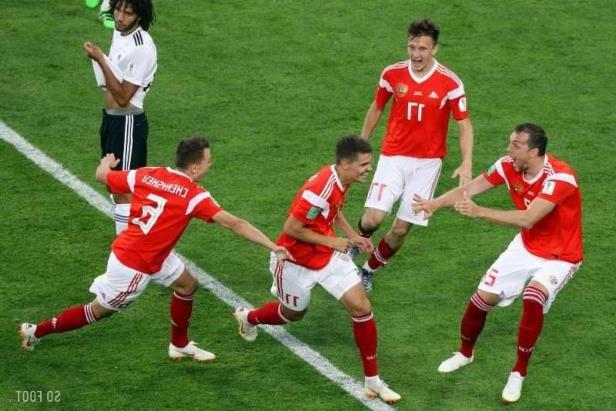 La Russie, l'équipe qui a le plus couru : son sélectionneur ironise sur les soupçons de dopage