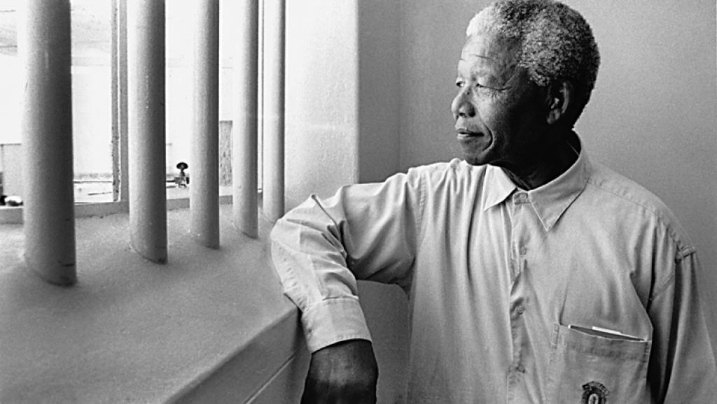250.000 dollars pour passer une nuit dans la cellule de Mandela : l'enchère qui suscite la polémique