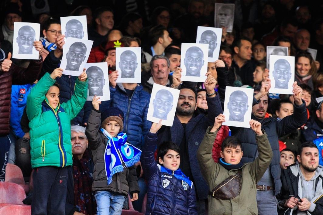 Beaux messages de soutien des supporters de Naples à Koulibaly