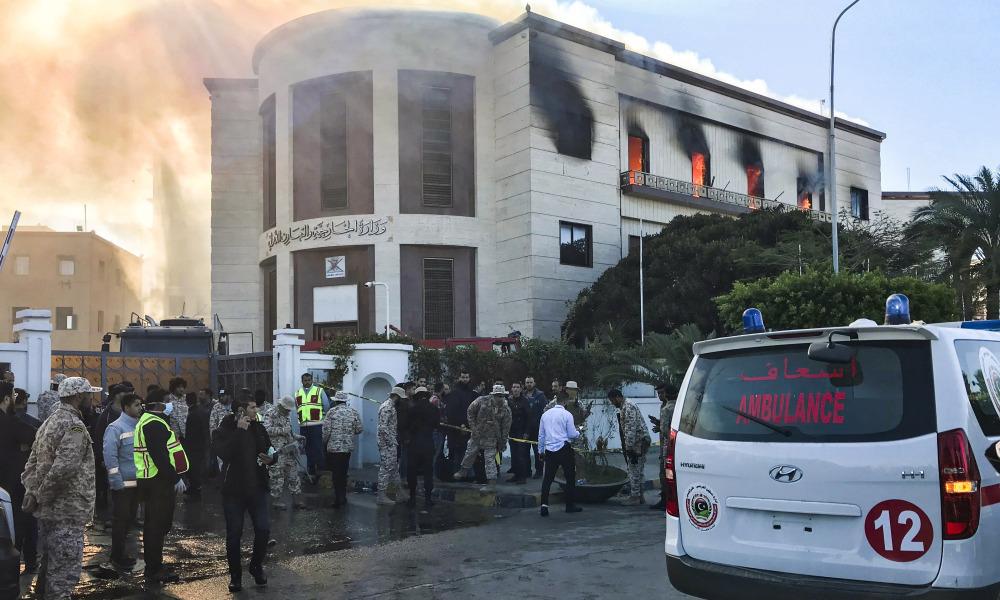Libye : au moins trois morts dans un attentat contre le ministère des Affaires étrangères