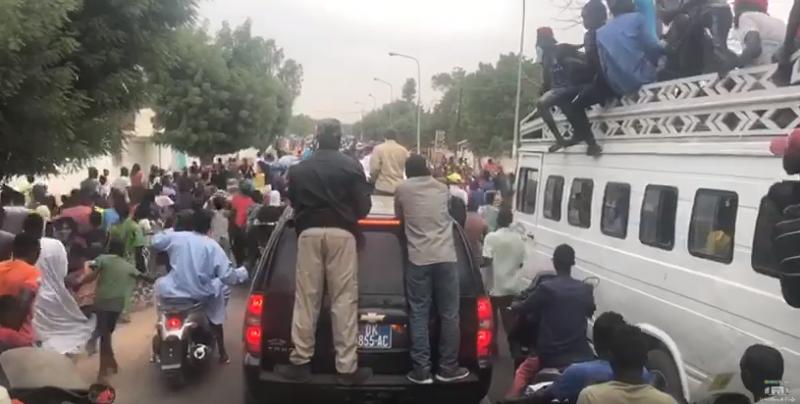Me WADE fait foule à Mbacké (VIDÉOS)
