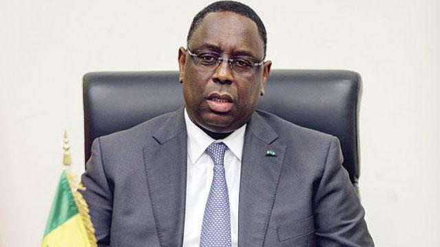 Macky ressuscite Medis Sénégal et insiste pour une prise d'armes le 4 avril prochain