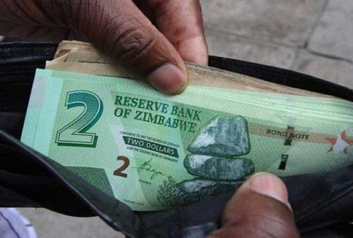 Zimbabwe : le gouvernement propose une hausse de salaire de 76%, les fonctionnaires refusent