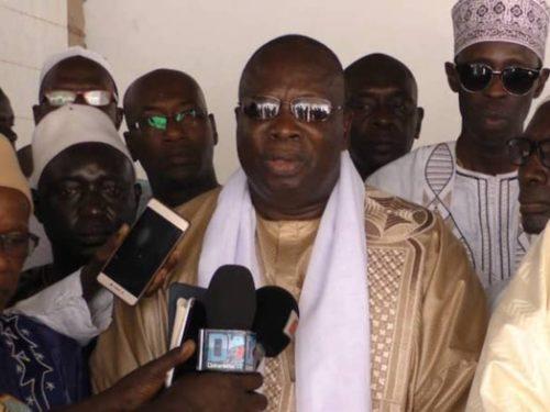 Le fils du Khalife des Layènes envoie Ahmed Iyane THIAM à la retraite