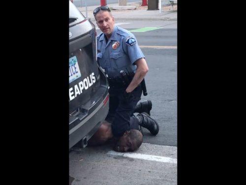 Derek Chauvin, le policier américain mis en cause dans la mort de George Floyd, arrêté et inculpé